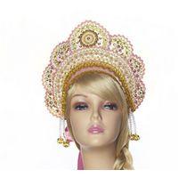 Кокошник ПРАЗДНИЧНЫЙ, розовый КП-5Все для Снегурочки<br>Подчеркнуть прелесть сказочной красавицы можно не только при помощи костюма, но и соответствующих атрибутов, одним из которых является этот замечательный кокошник. <br>Его оригинальный дизайн подойдет к любому типу лица и подчеркнет естественную красоту. <br> <br>Страна производитель: Россия<br>