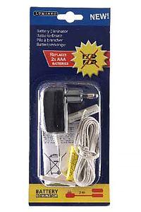 Блок питания - адаптер заменяет 2хААА батареи, 3V/500mA, KAEMINGK 482672Подсвечники с электросвечами<br>Блок питания 3V/500mA - адаптер 2xАAA батареек - удобный и надёжный бытовой прибор.<br>Комплект состоит из двух фальш-батареек, одна из которых подсоединена к блоку питания. Исключительно прост в эксплуатации: необходимо фальш-батарейки вставить вместо настоящих и включить блок питания в розетку. И понятие севшие батарейки  исчезнет из вашей памяти! Не нужно экономить батарейки, выжимать последние капли из севших батареек и постоянно бегать в магазин за новыми.<br> <br>Блок питания с адаптером, заменяющий 2хААА батарейки<br>Характеристики:<br>Адаптер соответствует 2хААА(R03) батарейкам.<br>Блок питания: напряжение/сила тока - 3V/500mA<br>Подводящий провод - 3 м, белый PVC<br>Предназначен для использования в помещении, IP20<br> <br>Производитель KAEMINGK, Голландия<br>Производство размещено в Китае<br>