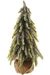 Дизайнерская искусственная елка ЗАСНЕЖЕННАЯ в мешочке с напылением искусственным снегом (100% литье РЕ), 35 см, KAEMINGK 682522Настольные елки до 0,9 м Kaeming<br>Оригинальная и очень стильная удивительно красивая елочка, запорошенная пушистыми снежными хлопьями, гармонично смотрится в мешочке из уютной рогожки. Она слегка изогнута - так томно и изящно, что кажется витающей в каких-то удивительных фантазиях и мечтах. И хочется погрузиться в мир приятных грез вместе с ней! Что может быть проще - поставьте ее рядом и наслаждайтесь чудесной атмосферой, которую она создает. Небольшой размер и компактность позволит разместить ее где угодно. <br> <br>Высота - 35 см<br>Материал - 100% литье (РЕ)<br>Декор - заснеженная <br> <br>Производитель KAEMINGK, Голландия<br>Производство размещено в Китае<br>