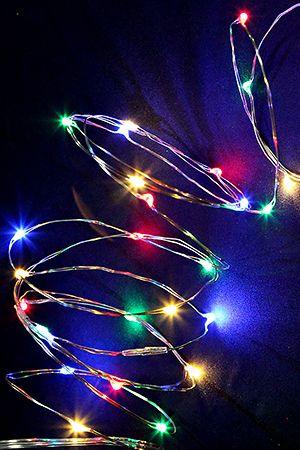 Гирлянда СВЕТЛЯЧКИ, 80 разноцветных LED-огней, уличная, 8+3 м, серебряный провод, Koopman International AX8716200Капельки - нити<br>Сказочное очарование и уютное волшебство - чудесная компания светлячков окутает ими всё, что вам захочется! Благодаря тончайшему проводу, их можно разместить где угодно, придавая светящейся стайке любую форму.<br> <br>Характеристики:<br>80 разноцветных LED ламп<br>Расстояние между лампами - 10 см<br>Длина гирлянды - 8 м <br>Провод серебряный<br>Подводящий провод прозрачный - 3 м<br>Напряжение - 220 V/3V (трансформатор в комплекте)<br>Степень влагозащиты - IP44 (можно использовать на улице и в помещении)<br> <br>Производитель - Koopman International, Нидерланды<br>Производство размещено в Китае<br>