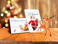 Новогодняя открытка с дополненной реальностью 228492Приятные новогодние мелочи<br>Новый Год уже не за горами – самое время задуматься о необычных поздравлениях! Пожалуй, ничто не удивит ваших друзей больше, чем оживающая открытка с технологией дополненной реальности. <br>Поздравительная карточка с праздничным декором только на первый взгляд кажется обычной. Поднесите к ней камеру мобильного устройства, и она оживет! Вы услышите праздничную музыку и поздравления Деда Мороза, а также увидите анимационный ролик с новогодними 3D-персонажами. <br> <br>Каждая поздравительная открытка включает в себя доступ к бесплатному приложению Unibora New Year. Благодаря ему вы сможете удивить своих друзей, коллег и близких людей необычным сувениром, а также сфотографироваться с оживающими персонажами. Технология дополненной реальности пользуется большой популярностью у детей и взрослых благодаря своей инновационности. <br> <br>Размер товара: 21х15 см <br>Материал: картон, бумага <br>Возраст: 3+ <br> <br>Страна производства: Россия<br>