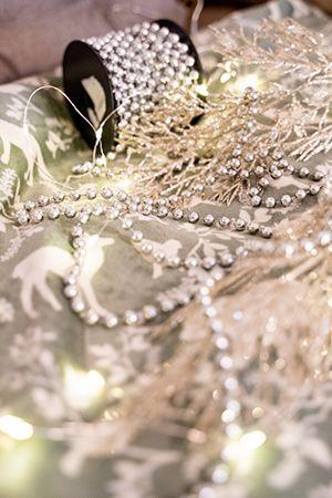 000151 Пластиковые бусы БИСЕР идеально подходят для украшения уличных елок, интерьеров, декорирования новогодних...