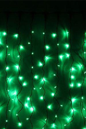 Занавес световой PLAY LIGHT, 200 зеленых LED ламп, 2x1 м, черный провод, коннектор, уличный, Beauty Led PCL202-11-2GСветодиодные занавесы уличные<br>Световой занавес PLAY LIGHT со светодиодными лампами имеет основной провод длиной 2 м, с которого свисают 20 вертикальных нитей длиной 1 м каждая. Общее количество LED-лампочек - 200. Гирлянда снабжена коннектором, позволяющим соединять последовательно до 20 занавесей. Гирлянда влагозащищена, возможно применение как в помещении, так и на улице.Светодиодный занавес необыкновенно наряден, он украсит любой объект, будь то дерево, колонна, открытая веранда кафе, да, и все что угодно, придав ему радостный праздничный стиль. С помощью светового занавеса можно создавать красивые декоративные световые ширмы и композиции, оформлять огнями разнообразные плоскости, декорировать объемные объекты. Характеристика:<br>Размер занавеса - 2 х 1 м<br>Цвет LED лампочек - зеленый <br>Общее количество лампочек: 200<br>Количество вертикальных нитей: 20<br>Напряжение: 230V<br>Мощность гирлянды: 13,8 Вт<br>Цвет проводов: черныйКласс защиты влагозащищенной гирлянды Ip - 44. Предназначен для использования как в помещении, так и на улице.<br> <br>Производитель: Beauty Led, Россия<br>Производство размещено в Китае<br>