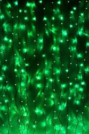 Занавес световой PLAY LIGHT, 600 зеленых LED ламп, 2x3 м, черный провод, коннектор, уличный, Beauty Led PCL602-11-2GСветодиодные занавесы уличные<br>Световой занавес PLAY LIGHT со светодиодными лампами имеет основной провод длиной 2 м, с которого свисают 20 вертикальных нитей длиной 3 м каждая. Общее количество LED-лампочек - 600. Гирлянда снабжена коннектором, позволяющим соединять последовательно до 6 занавесей. Гирлянда влагозащищена, возможно применение как в помещении, так и на улице.Светодиодный занавес необыкновенно наряден, он украсит любой объект, будь то дерево, колонна, открытая веранда кафе, да, и все что угодно, придав ему радостный праздничный стиль. С помощью светового занавеса можно создавать красивые декоративные световые ширмы и композиции, оформлять огнями разнообразные плоскости, декорировать объемные объекты. Характеристика:<br>Размер занавеса - 2 х 3 м<br>Цвет LED лампочек - зеленый<br>Общее количество лампочек: 600<br>Количество вертикальных нитей: 20<br>Напряжение: 230V<br>Мощность гирлянды: 40,8 Вт<br>Цвет проводов: черныйКоннектор для последовательного соединения до 6 занавесов.<br>Класс защиты влагозащищенной гирлянды Ip - 44. Предназначен для использования как в помещении, так и на улице.<br> <br>Производитель: Beauty Led, Россия<br>Производство размещено в Китае<br>