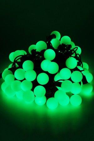 Электрогирлянда БОЛЬШИЕ ЗЕЛЕНЫЕ МУЛЬТИШАРИКИ, 100 зеленых LED ламп, 15м, коннектор, черный провод, уличные, SNOWHOUSE OLDBL100-G-EГирлянды МУЛЬТИШАРИКИ<br>Гирлянда из 100 зеленых  крупных LED - шариков (Big balls), диаметром 2.5 см, защищена от влаги, поэтому ее можно использовать не только в помещении, но и на улице. Гирлянда имеет коннектор, позволяющий соединять до 3 гирлянд в одну цепь.   Отличительными особенностями этой гирлянды являются большой размер шарика и очень яркий светодиод, диаметром 7 мм.   Гирлянда необыкновенно эффектна. Крупные, необычайно яркие шарики видны издалека не только в темноте, но и при дневном освещении, что делает эту гирлянду незаменимой для украшения больших уличных елей, фасадов зданий, торговых залов магазинов.       Характеристика:  Длина гирлянды: 15 м  Количество зеленых LED- шариков - 100 шт.  Диаметр шарика 2,5 см  Напряжение 220 V  Имеется коннектор для подключения до 3 гирлянд последовательно.  Влагозащищена IP - 44.  Предназначена для использования в помещении и на улице.  Цвет провода: черный      Производитель: SNOWHOUSE, Россия  Производство размещено в Китае.$$$<br>