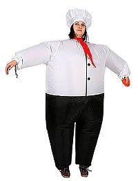 Карнавальный костюм ПОВАР надувной CEA-09Надувные новогодние фигуры<br>Надувной карнавальный костюм ПОВАР - это море удовольствия его обладателю и всем окружающим! <br>У большого, смешного и уютного повара всегда в запасе тысячи прекрасных рецептов, по которым сами собой готовятся пышные смешинки, сдобные хохоталки, изысканные веселинки и множество других восхитительно забавных и невероятно вкусных штук!<br> <br>Костюм работает на постоянном поддуве воздуха, не стесняет движений, может одеваться на обычную одежду.  Компрессор хорошо вентелирует костюм, человек чувствует себя в нем комфортно.<br> <br>Характеристики:<br>Размер: 42-56Рост: 140-190;Электропитание: 4 батарейки АА (пальчиковые)<br>